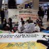 Demonstration #Abgehoben 31.10.2020:    Array